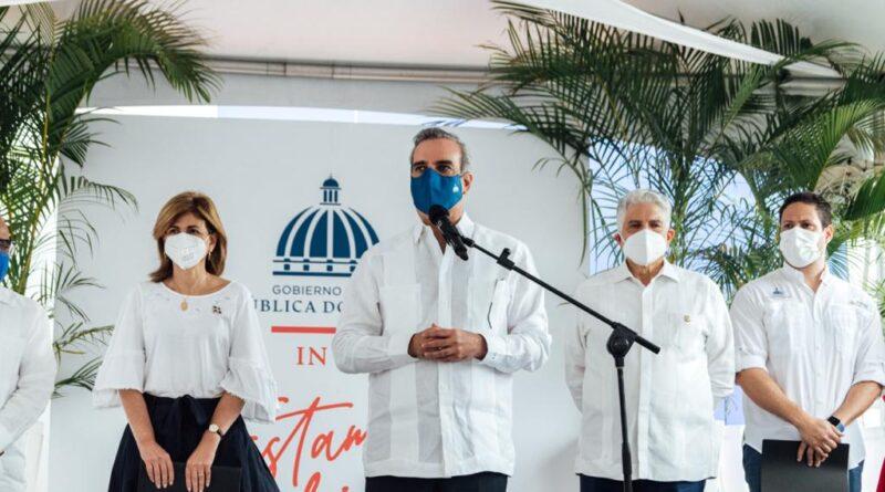 Presidente Luis Abinader y director de Invi dejan en funcionamiento nuevas áreas del Hospital Cabral y Báez de Santiago