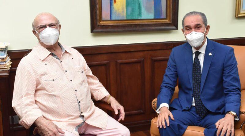 Ex presidente Hipólito Mejía se reúne con Ministro del MESCYT, Franklin García Fermín