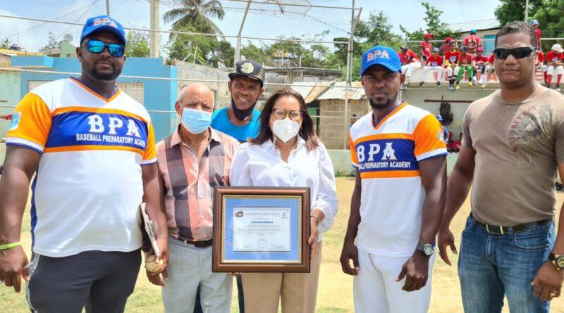 Gobernadora de Santo Domingo apertura intercambio deportivo entre RD y Estados Unidos en Los Guaricanos