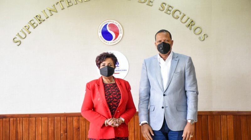 Superintendencia de Seguros y Proconsumidor buscan acuerdo interinstitucional